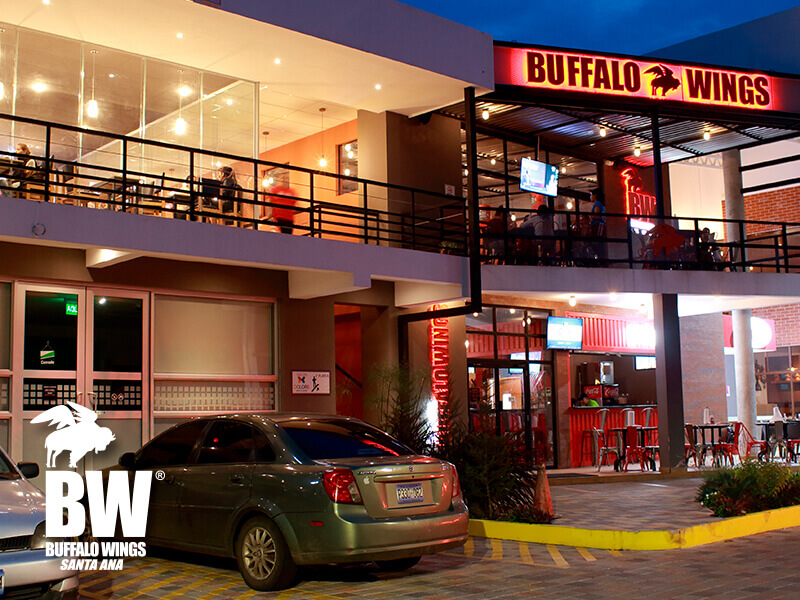 buffalo-wings-plaza-kristal-01