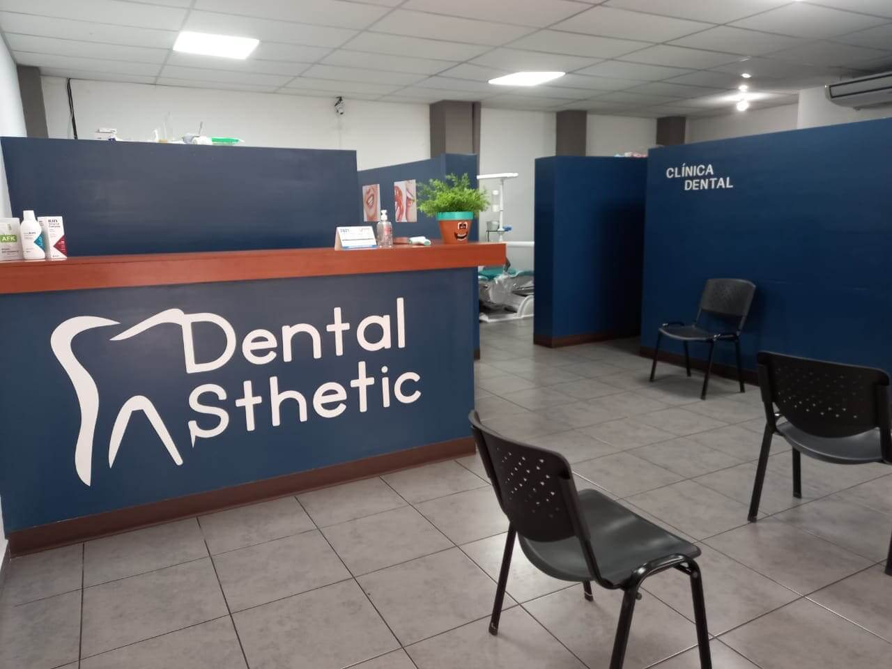 dental-esthetic-plaza-kristal-002