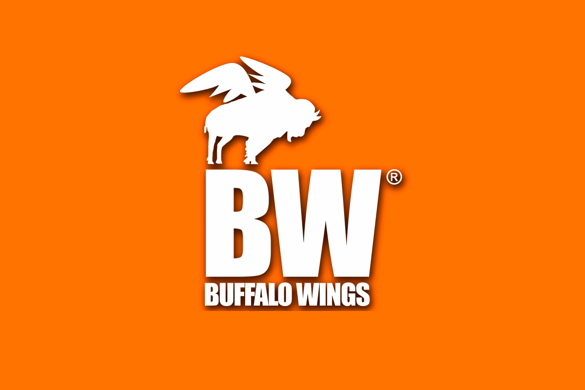 plaza-kristal-buffalo-wings